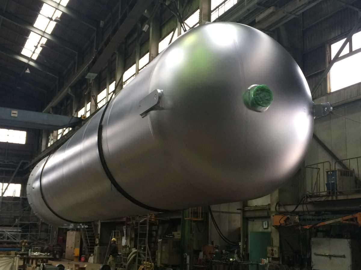 タンク:(業種)食品、バイオ、石油・化学プラント向け圧力容器、サニタリー機器の設計、製作、据付、配管工事並びにメンテナンス工事